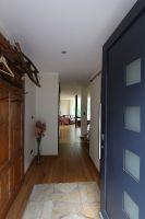 Eingang / Flur mit Zugang zum Wohnbereich